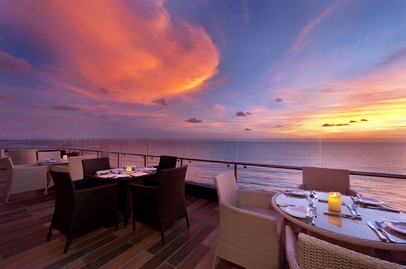 Cloud 9 - Rooftop Lounge (The Ocean Colombo )