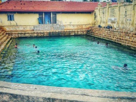 Keerimalai Fresh Water Spring Jaffna