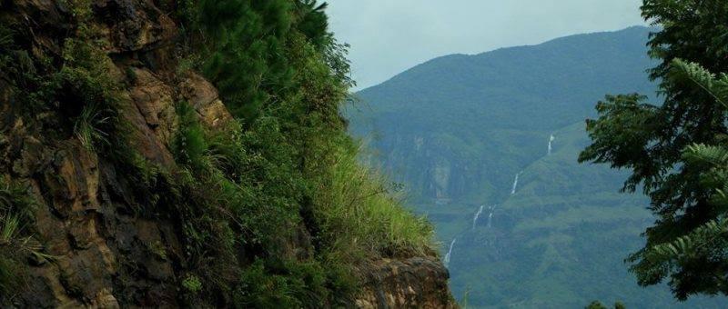 Kalugala Gerandi Ella Waterfall