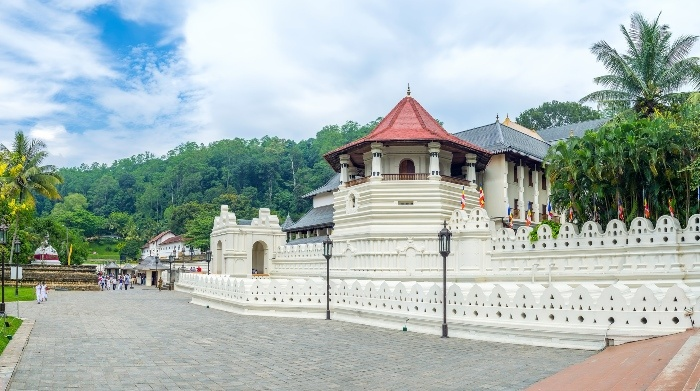 the temple of the tooth complex is the main attraction in kandy