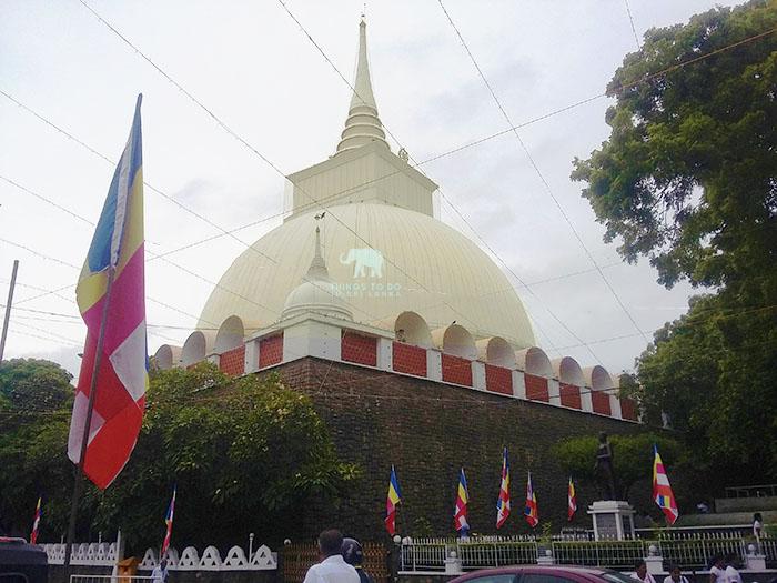 kalutara stupa