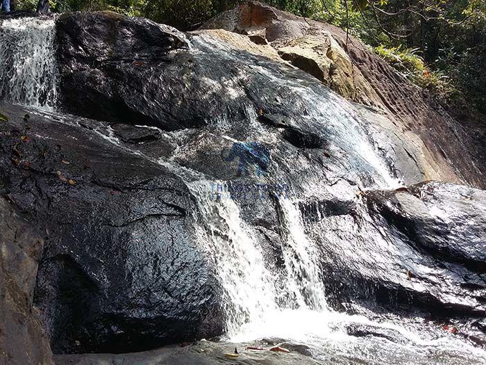 kalutara thudugala ella falls in a low water season