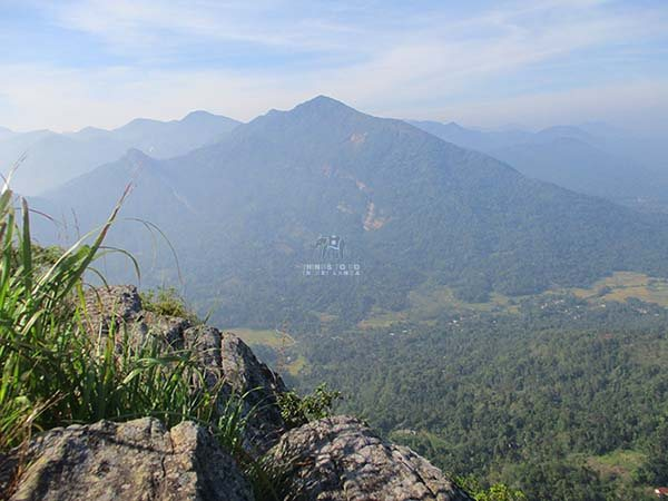 samasara mountain, aranayake
