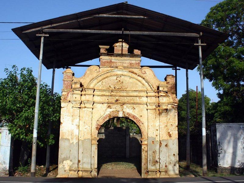 Sangiliyan Thoppu (Sangiliyan Statue) Jaffna