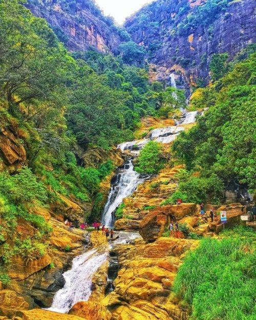 ravana ella waterfall sri lanka