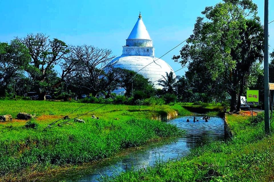 Tissamaharamaya temple